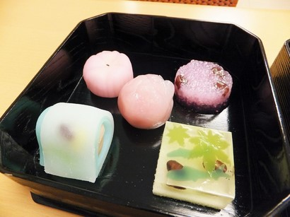 140616二條若狭屋寺町店⑦、季節の和菓子 (コピー).JPG